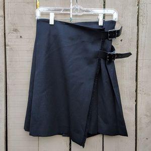 Burberry London Black Pleated buckle mini skirt